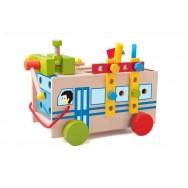 Houten constructie bus met gereedschap